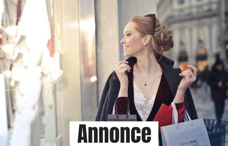 En kvinde som shopper